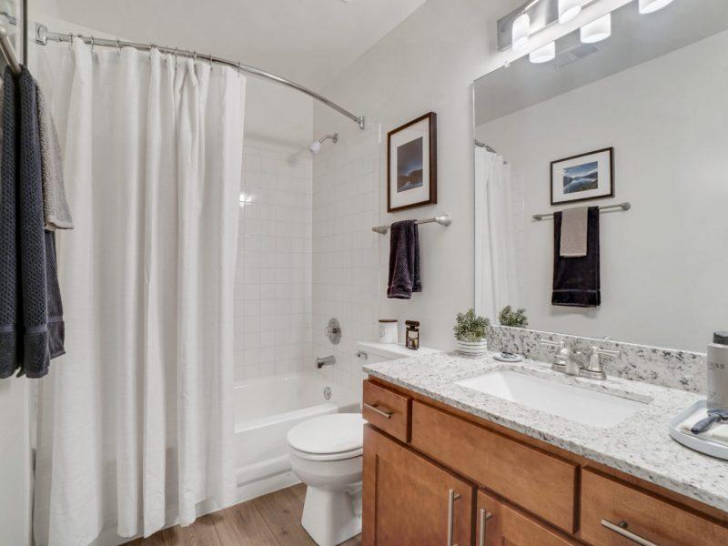 TGM Park Meadows Apartments Bathroom
