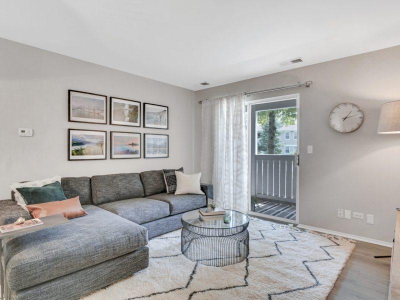 TGM Park Meadows Apartments Living Room